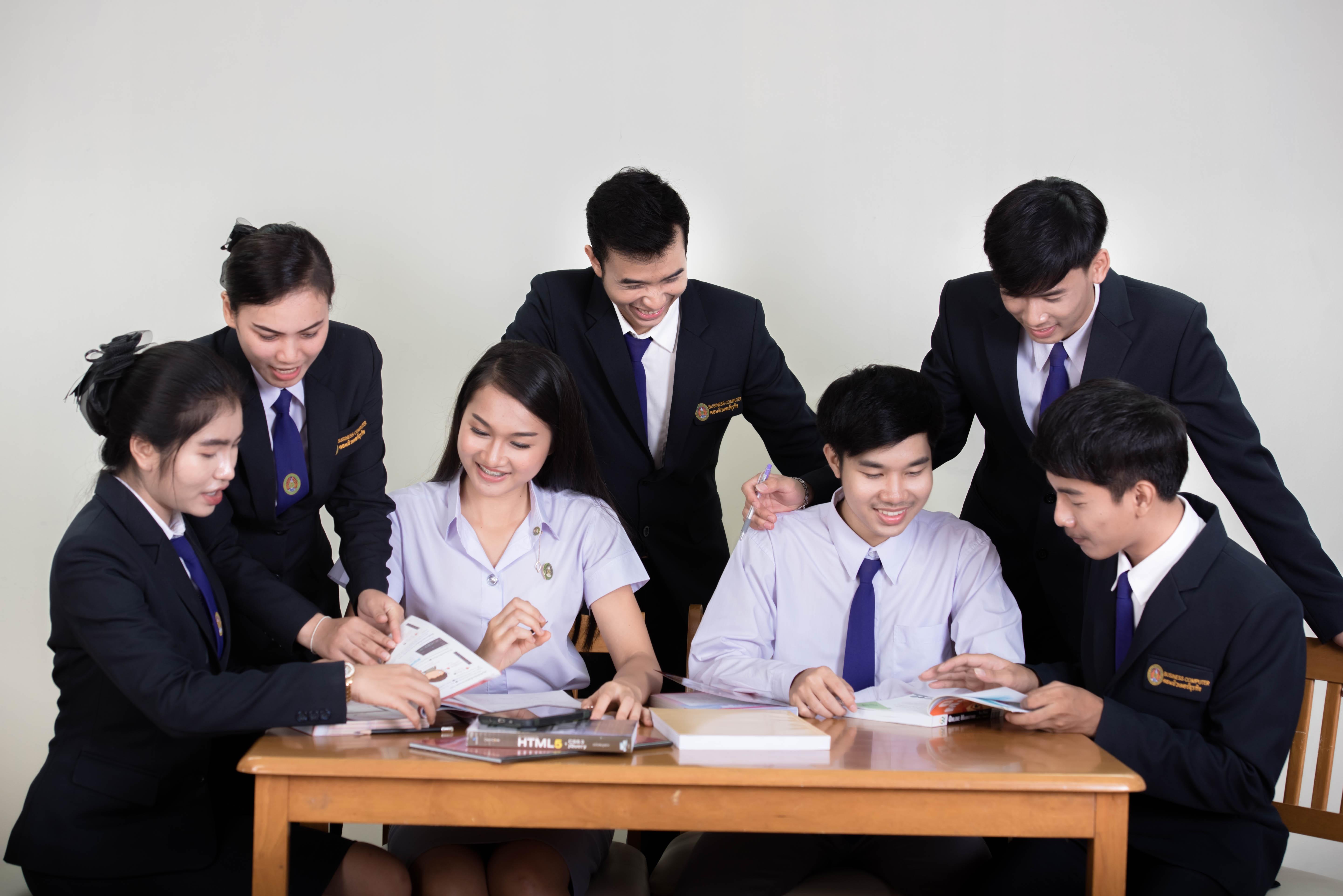 กำหนดวันเลือกรายวิชาเลือกเสรีและรายชื่อวิชาที่เปิด สำหรับนักศึกษา ภาค กศ.บป. ประจำภาคการศึกษาที่ 2/2563